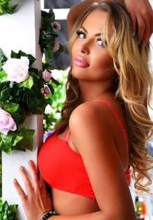 Juliana, Madrid escort