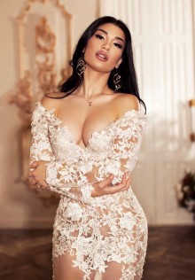 Kim, Madrid escort